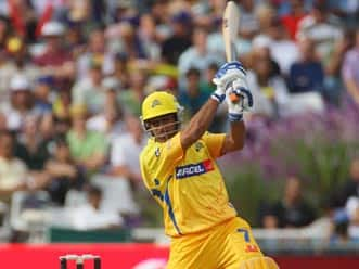 Dhoni sets up easy win for Chennai