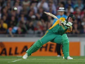 De Villiers, Du Plessis ease South Africa to a win in first ODI