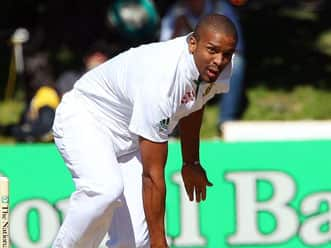 Vernon Philander shines for Somerset against Middlesex