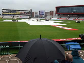 Old Trafford may host Ashes Test in 2013