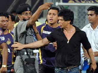 Shah Rukh Khan smelled of alcohol: ACP Mumbai Police