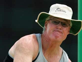 Gloucestershire extends contract with John Bracewell
