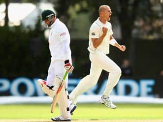 Chris Martin strikes put New Zealand on top against South Africa on day one