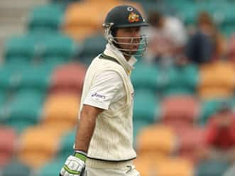 Under-fire Ricky Ponting backed by fans