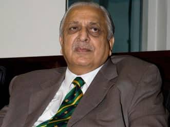 Afridi should explain his shock retirement: Butt