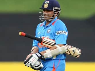 Live Cricket Score India vs Sri Lanka, 5th ODI at Adelaide: Gambhir leads India's reply