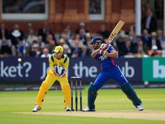 Ravi Bopara, Ian Bell star in England win over Australia