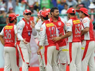 Praveen, Awana restrict Chennai Super Kings to 120