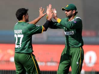 ICC World T20 2012: Pakistan restrict South Africa to 133 in Super Eights clash at Colombo