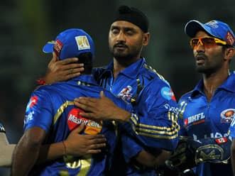 IPL 2012 highlights: Mumbai Indians vs Chennai Superkings 1st T20 Part 1