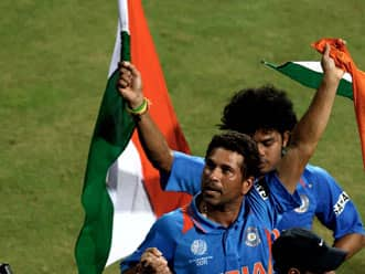 Indian cricket fraternity tweet wishes on Independence Day