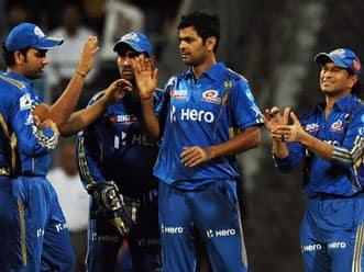 IPL 2012 Live Cricket Score: MI vs KKR, T20 match- Mumbai need 141 to win