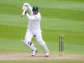 Graeme Smith's battle against the English pack could be decisive