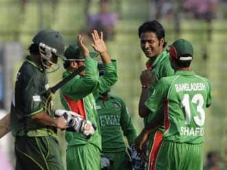 Bangladesh opt to field against Pakistan in Asia Cup 2012 final
