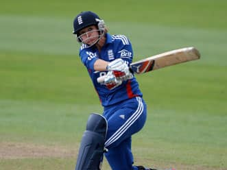 England women thrash India to level series
