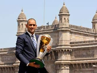 Dhoni shaves head after scripting World Cup glory