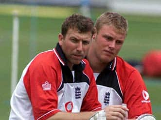 Andrew Flintoff generates heat…. and it's 'prickly heat', for Ather's sake!