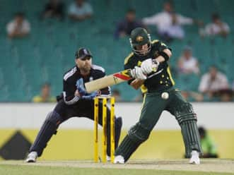 Australia pull off thrilling win after record run chase