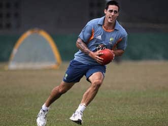 Gilbert requests Lillee to guide injured Australian pacer Johnson