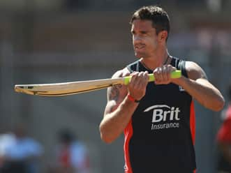 Kevin Pietersen gets national recall for India tour