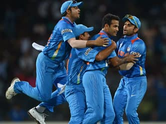 ICC World T20 2012: MS Dhoni says Indian bowlers need more confidence
