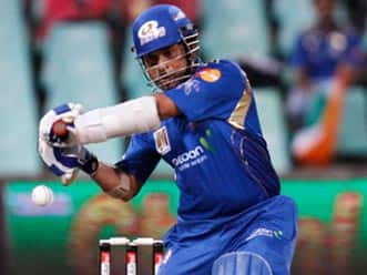 IPL 2012: Sachin praises youngsters for not giving up in crunch situation