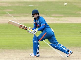 ICC Women's World T20 2012: India lose quick wickets against Australia