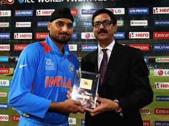 ICC T20 World Cup 2012: Harbhajan Singh still has lot to offer, says Anil Kumble