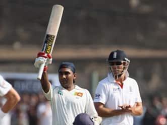 Steely Jayawardene's century resurrects Sri Lanka innings on day one