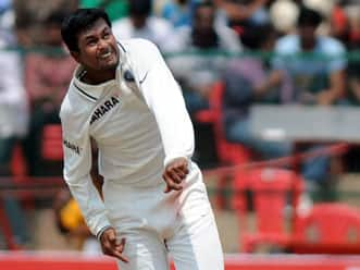 Pragyan Ojha to play for Surrey