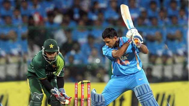 "India vs Pakistan: MS Dhoni feels Eden Gardens wicket looks like ""Miss Universe"""