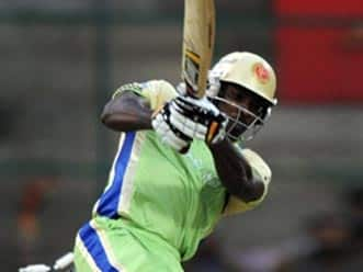 Gayle fury leaves mass destruction of bowlers in IPL4