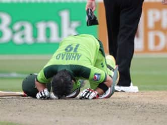 Shehzad's attacking century helps Pakistan post 268 for 9