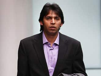 Mohammad Asif's lawyers to challenge London court decision