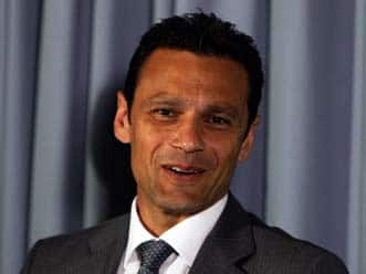 Mark Ramprakash announces retirement from cricket