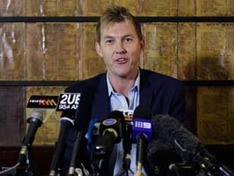 Brett Lee quits international cricket