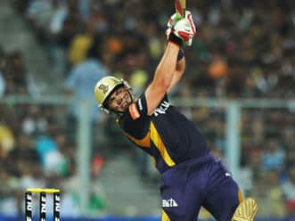 Lack of batting support for Gambhir is a matter of concern for KKR