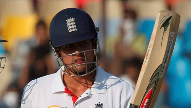 Alastair Cook wants his batsmen to score big runs