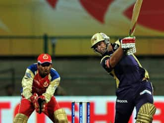 Classy Jacques Kallis eases KKR to a nine-wicket win