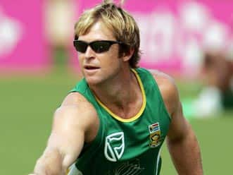 Jonty Rhodes to give special training to Mumbai kids on fielding