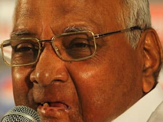 Pawar decides not to contest for MCA election