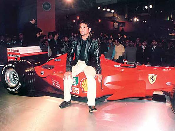 Sachin's Ferrari bought by Surat businessman - Cricket Country