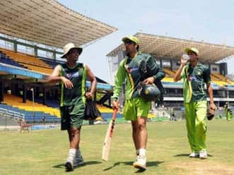 Waqar relishes India challenge in semi-finals