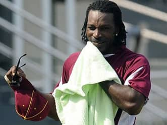 Chris Gayle eyes double century in ODIs