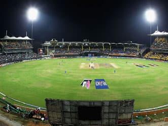 Veteran cricket commentator Suresh Saraiya passes away