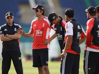 England win toss, elect to bowl against India in fifth ODI