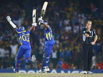 Sri Lanka nose out New Zealand to reach final