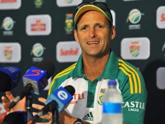 Gary Kirsten to miss South Africa's final T20 against England
