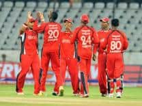 Live Cricket Score: Trinidad and Tobago vs Yorkshire CLT20 2012 qualifying match at Centurion