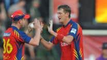 Live Cricket Score: Chennai Super Kings vs Highveld Lions CLT20 2012 Group B match at Cape Town